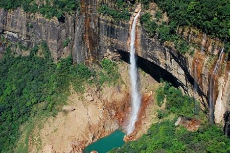 Nohkalikai Falls, India