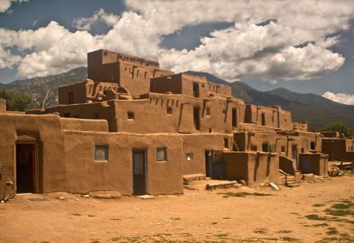Hum of Taos