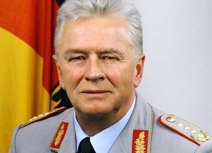 Volker Wieker
