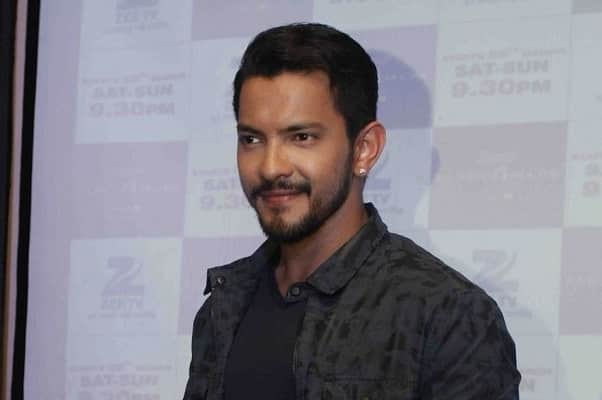 Aditya Narayan Wiki Age Height Girlfriend Net Worth World Blaze